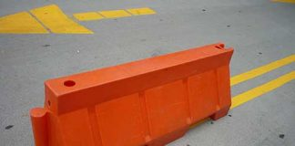Plastic Jersey Barricade Quick Guide - An Easy Buying Guide for Water Filled Plastic Jersey Barricades